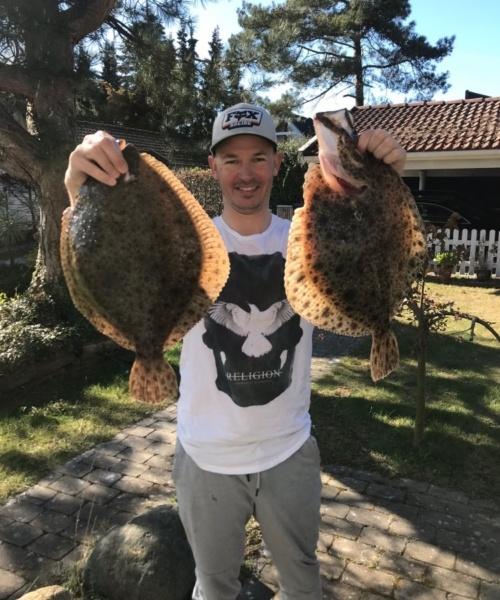2 store – Pighvar fanget af topskudt