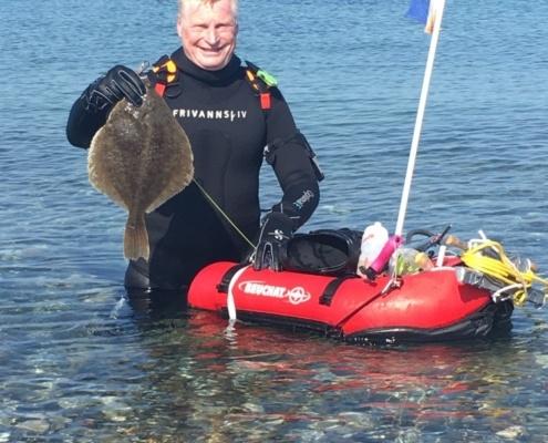 Fedt dyk – Skrubbe fanget af knud-munk ved Ærø